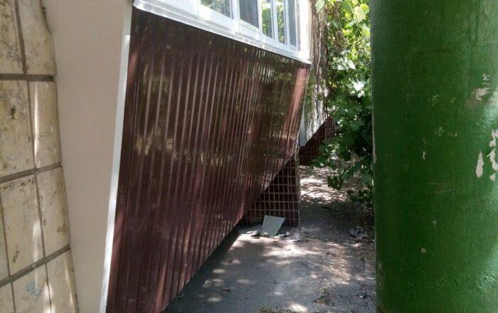 Балкон с выносом от пола / Волкова 14
