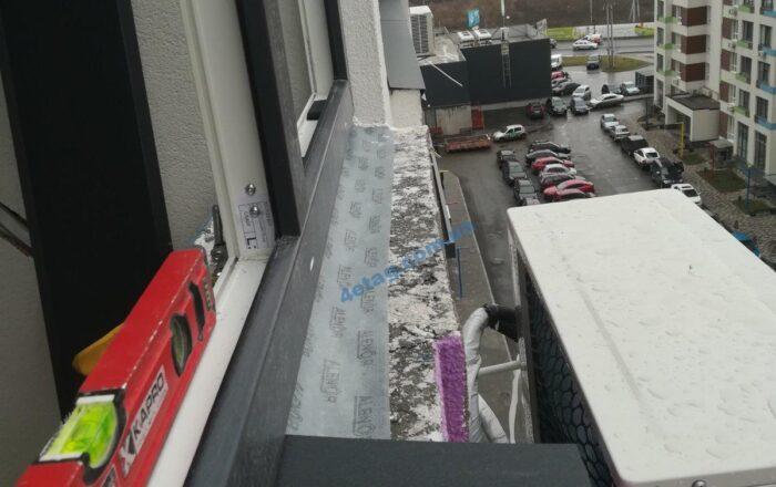 Остекление балкона ЖК Акварели 2