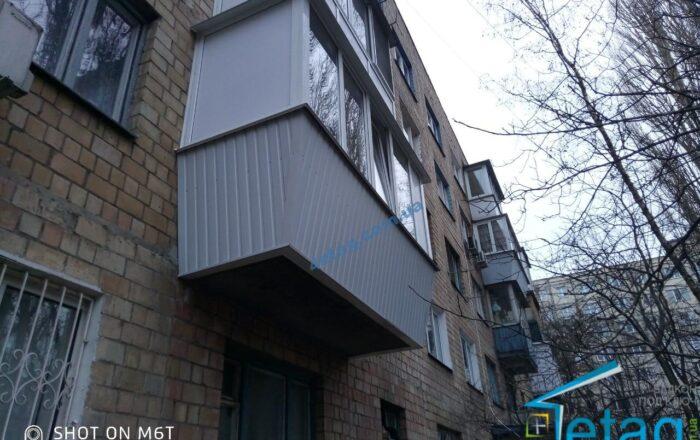 Балкон под ключ / Леся Курбаса 18Г